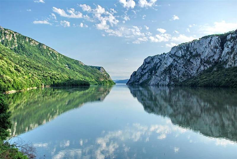 Đerdapska klisura i reka Dunav iz vazduha